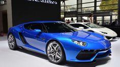 Lamborghini Urus Superveloce on the table, Asterion off
