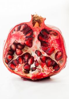 Food photography and styling : Pomegranate