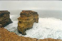 Rock naer Tarfaja, Western Sahara