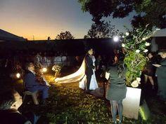 iluminação cênica na cerimonia de casamento.