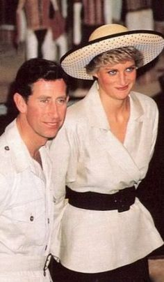 February 2 1988 Charles & Diana visit the Aboriginal Pharmacopoeia Project at the Northern Territory's Museum of Arts and Sciences in Darwin