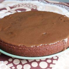 Nopea ja helppo suklaakakku