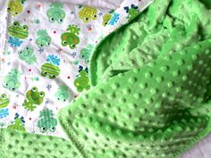 Hey, I found this really awesome Etsy listing at https://www.etsy.com/listing/177676229/baby-boy-frog-blanket