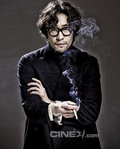 [류승범] 욕망은 나의 것 - Daum 영화 Mens Perm, Fashion Models, Mens Fashion, Haircuts For Men, Hair Designs, Korean Actors, Actors & Actresses, Hairstyle, Poses