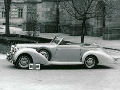 Zakázkový kabriolet Aero 50 z roku 1938 s karoserií Sodomka se zapuštěnou střechou Vintage Cars, Antique Cars, Toyota Corolla, Subaru, Mazda, Peugeot, Ferrari, Automobile, Bmw