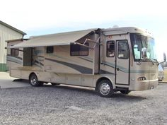 2006 Monaco Cayman 36PDQ class A diesel pusher motorhome. SOLD! Check out walk-through video of coach on our YouTube channel!   www.HelpSellMyRV.com  Louisville Kentucky  502-645-3124