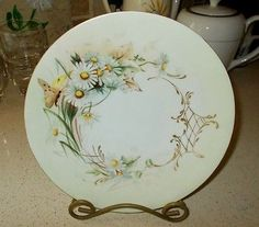 """Antique Jean Pouyat JPL Limoges Hand Painted Butterfly & Daisies Plate 8.25"""" Exc"""