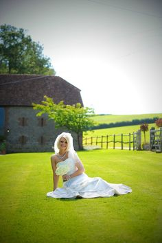 POLLY PEARCE WEDDING PLANNER - CONTACT