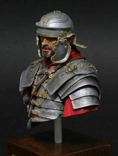 Bust from Youn Miniatures in scale. Rome History, Ancient History, Imperial Units, Roman Armor, Rome Antique, British Uniforms, Roman Legion, Armor Clothing, Fantasy Art Men