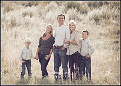 Family picture idea pop of coral with neutrals! Family picture idea pop of coral with neutrals! Family Picture Colors, Fall Family Pictures, Family Picture Poses, Family Photo Sessions, Mini Sessions, Beach Picture Outfits, Family Picture Outfits, Family Portrait Poses, Family Posing