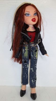 (2.9M.14) 2001 Bratz Doll MGA Braided Hair W/ Clothes and Accessories #BratzMGA #DollswithClothingAccessories