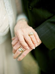 Engagement Rings 2018 A Love Story 63 Years in the Making Wedding Anniversary Photos, Anniversary Photography, Wedding Pics, Wedding Couples, 50 Anniversary, Gold Wedding, Wedding Ideas, Older Couple Poses, Older Couples