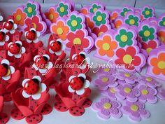 Joaninhas ...porta guardanapos...florzinhas...para Darlene Souza - Contagem /  MG by * * * e.v.a. é meu VÍCIO* * *, via Flickr