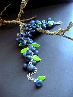 Polymer clay blueberry bracelet https://www.etsy.com/shop/DeRoth?ref=hdr_shop_menu