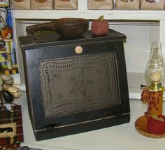 Bread Box Black  BT Fed Star-Country Primitive Bread Box Black Punched Tin Federal Lone Star