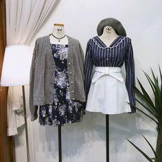 แฟชั่นสไตล์เกาหลี ต้อนรับฤดูใบไม้ร่วง สายเกาต้องเลิฟ Kpop Fashion Outfits, Ulzzang Fashion, Korean Outfits, Cute Fashion, Girl Fashion, Womens Fashion, Kawaii Dress, Kawaii Clothes, Twin Outfits