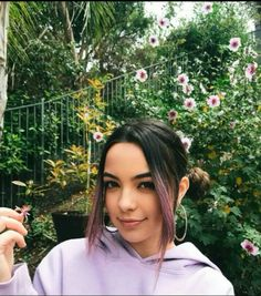 Showing my Purple Pride in support of 's mission to save 30 species in 30 days. If you post a pic of your Purple Pride tagging… Veronica And Vanessa, Veronica Merrell, Vanessa Merrell, Merrell Twins, Peyton List, Female Models, Youtubers, Fangirl, Dreadlocks