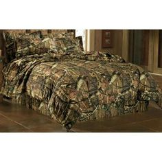 Camo bedding. Great for a cabin setting.  HAPPY, HAPPY, HAPPY...