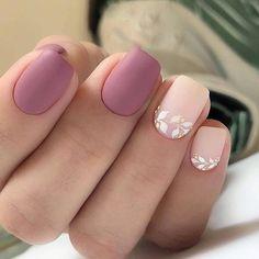 Nail art Christmas - the festive spirit on the nails. Over 70 creative ideas and tutorials - My Nails Stylish Nails, Trendy Nails, Cute Nails, Hair And Nails, My Nails, Light Pink Nails, Light Pink Nail Designs, Simple Acrylic Nails, Minimalist Nails
