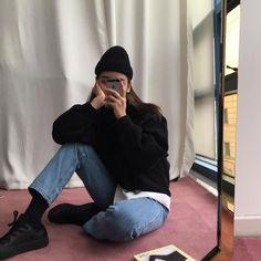 Mode Grunge, Grunge Style, Kim Chungha, Korean Fashion Trends, Look At You, Mode Inspiration, Aesthetic Clothes, Style Me, Winter Fashion