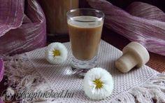 Cappuccino likőr recept fotóval Glass Of Milk, Vodka, Alcoholic Drinks, Rose, Liquor Drinks, Pink, Roses, Alcoholic Beverages, Alcohol