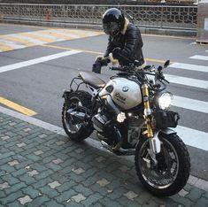 39 ideas scrambler motorcycle ducati motorbikes for 2019 Ducati Motorbike, Best Motorbike, Bike Bmw, Bmw Motorcycles, Bmw Scrambler, Bmw Cafe Racer, Cafe Racer Shop, Cafe Racer Motorcycle, Motorcycle Art