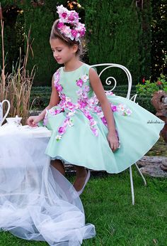 ALALOSHA: VOGUE ENFANTS: NEW SEASON: 3D Floral Spring Dress by Lesy Luxury Flower