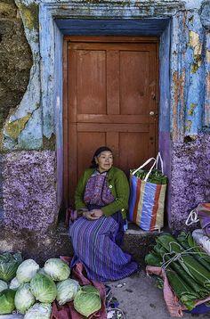 Portrait: Selling cabbage in Todos Santos