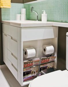 Secrets to Good Bathroom Storage. Bathroom Storage, Bathroom Interior, Small Bathroom, Ideas Baños, Bathroom Inspiration, Interiores Design, Home Organization, Home Projects, Small Spaces
