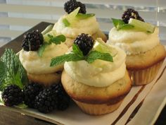 blackberry lime mojito cupcakes