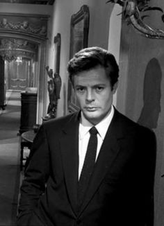 Marcello Mastroiani, actor. Italian glamour.