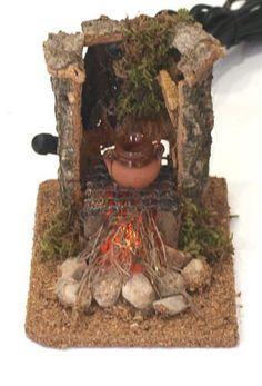 058/Hoguera con luz Christmas Nativity Scene, Christmas Door Decorations, Fairy Crafts, Diy And Crafts, Polymer Clay Christmas, Nativity Crafts, Fairy Houses, Portal, Floki