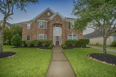 New #ListWithJen listing in Shadow Creek Ranch!  This 4 bedroom, 3.5 bath home features a formal dining room, gourmet kitchen and upstairs gameroom.  You can find all of the details here: http://www.har.com/2506-quiet-lake-ct/sale_85572480