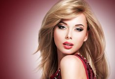 Colourful makeup for blondes Photos Of Women, Girl Photos, Disco Makeup, Sweet Girl Photo, Makeup For Blondes, Head & Shoulders, Interesting Faces, Colorful Makeup, Beautiful Eyes