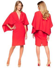 Vestido capa rojo de panambi de alquiler en www.lamasmona.com