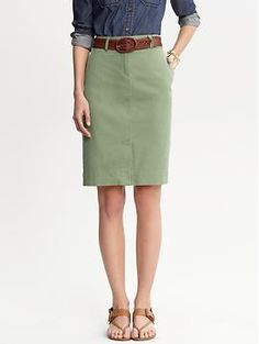 Chino pencil skirt | Banana Republic
