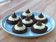Hershey's Chocolate Kiss Cakelets