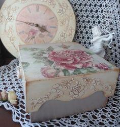 "Шкатулка ""Bouton de rose"" - шкатулка декупаж,шкатулка для чая,шкатулка для рукоделия"