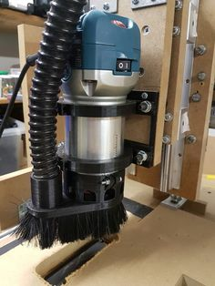 RT0700C makita dustshoe cnc diy dust shoe frees air diverter collector router 3D printed pla
