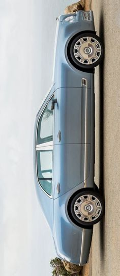 Bentley Mulsanne - #bentley #mulsanne #bentleymulsanne - Love this color. V.
