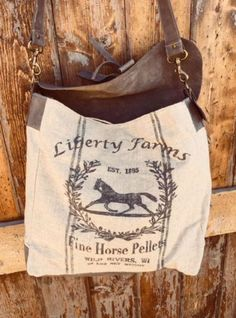 Eve Messenger - Hot To Trot Apparel Equestrian Gifts, Equestrian Style, Burlap Sacks, Vintage Handbags, Cross Body Handbags, Handbag Accessories, Leather Bag, Messenger Bag, Reusable Tote Bags