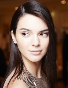 kendall-jenner-eyebrows-main.jpg (1500×1935)