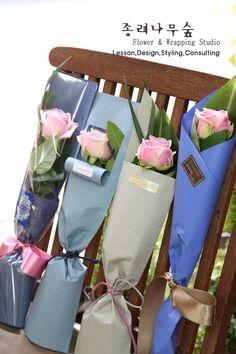 Декор Цветочного Магазина, Дизайн Цветочного Магазина, Цветы Украшения, Флористика, Алтарные Украшения, Классификация Роз, Цветочный Магазин, Букет Из Роз, Простые Цветочные Композиции