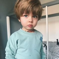 Children and Young Cute Little Baby, Little Babies, Cute Babies, Baby Kids, Beautiful Children, Beautiful Babies, Toddler Fashion, Kids Fashion, Baby Boy Hairstyles