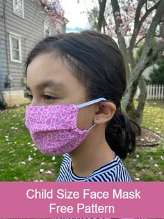 Child size face mask the stitching scientist Face Masks For Kids, Easy Face Masks, Homemade Face Masks, Diy Face Mask, Small Sewing Projects, Sewing For Kids, Diy For Kids, Sewing Tutorials, Sewing Patterns