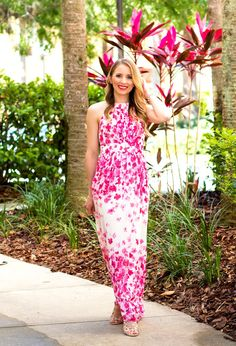 da3e59d667823e Vistana Resort Orlando Glamour-Zine wearing Eliza J Maxi Dress Zine
