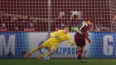 LM: osiem goli i podział punktów w meczu Bayeru Leverkusen z AS Roma
