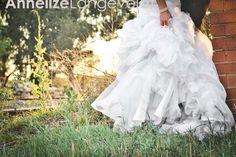 love..... Girls Dresses, Flower Girl Dresses, Wedding Dresses, Flowers, Fashion, Dresses Of Girls, Bride Dresses, Moda, Bridal Gowns
