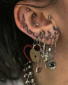 Discovered by Find images and videos about aesthetic, tattoo and piercing on We Heart It - the app to get lost in what you love. Piercing Tattoo, Rebellen Tattoo, Tongue Piercings, Cartilage Piercings, Rook Piercing, Lip Piercing Stud, Glow Tattoo, Grunge Tattoo, Cute Ear Piercings