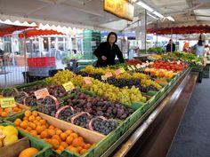 Morning market at Waisenhausplatz, Bern by Poo Geok #travel #europe #switzerland #zurich